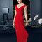 Vestido 8T271 rojo con escote en v.