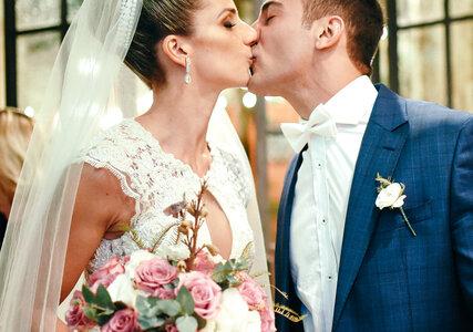 Casamento rústico de Flávia & Bruno: super aconchegante, realizado em uma charmosa casa no coração de São Paulo