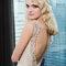 Nostalgisches Spitzen-Brautkleid mit Rückenausschnitt und zartem Farbton