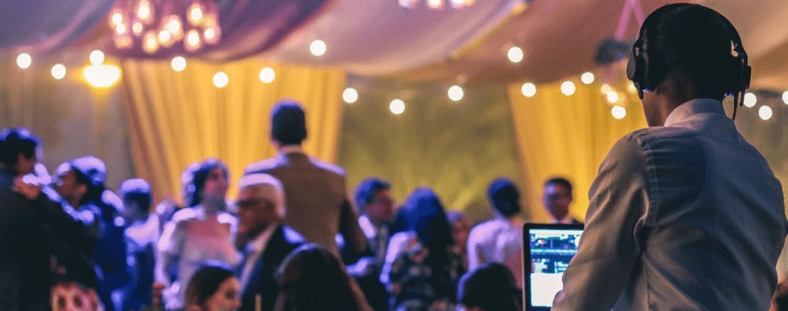 Con estos elementos tu fiesta de matrimonio será todo un éxito. ¡Contrátalos!