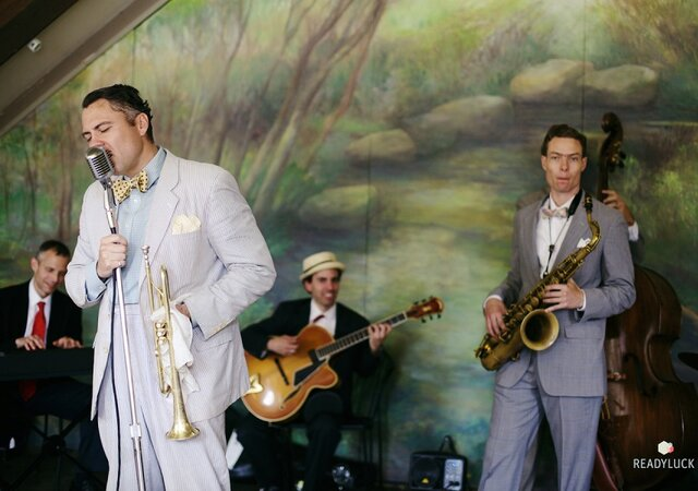 6 Alternative Ways To Entertain Your Guests At Your Wedding