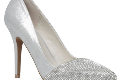 High class bridal shoes with a low budget price tag