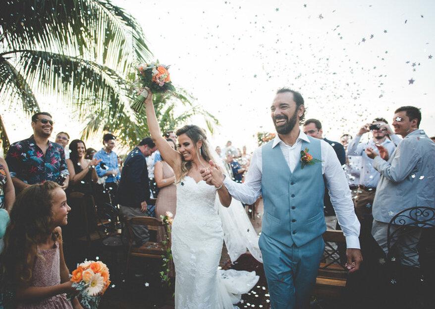 Patrícia & Daniel: casamento ao pôr do sol e de frente para o mar de Búzios