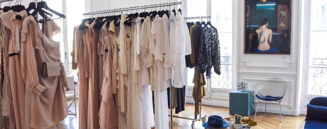Une Robe Un Soir vous apporte une nouvelle conception du luxe, une nouvelle expérience de la mode