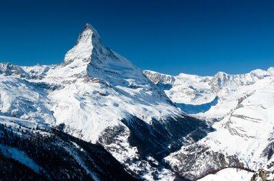 So feiern Sie eine Berghochzeit in den Schweizer Alpen