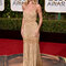 Rosie Huntington-Whiteley con un diseño de Versace.