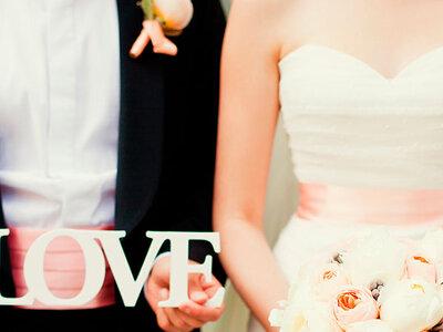 Vestidos de novia con color: inspírate con nuestra selección para el 2016