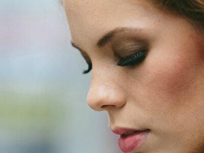 ¡Trucos de maquillaje que te ayudarán a verte más delgada!
