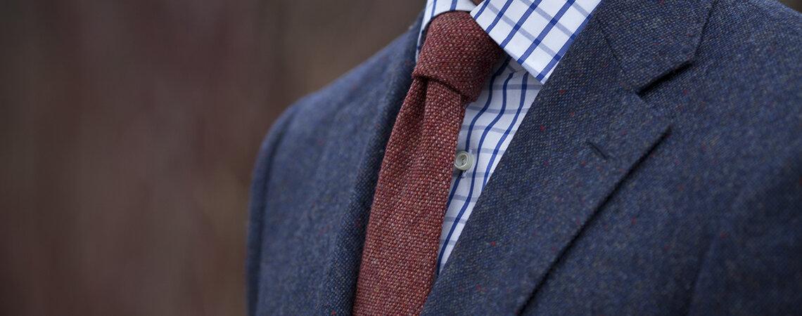 Pañuelo de bolsillo para el novio: el complemento definitivo