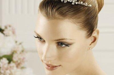 Tiaras para novias finas y delicadas de Pronovias