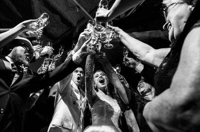 Dos drinks clássicos aos super modernos: descubra com experts quais não podem faltar no seu casamento!