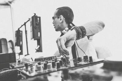 Почувствуй ритм: как выбрать DJ на свадьбу?