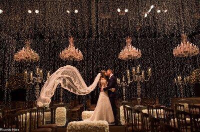 Casamento clássico dos sonhos de Daniele & Fabien: decor impressionante com milhares de micro lâmpadas.