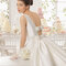Свадебное платье с открытой спиной и бантами Rosa Clará