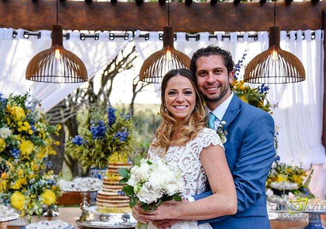 Casamento Nanda & Gui: decoração boho chic para um grande almoço em família na fazenda