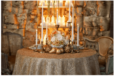 Decoración de mesas de boda inspirada en Navidad