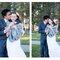 Jeunes mariées heureux le jour de leur mariage d´hiver.