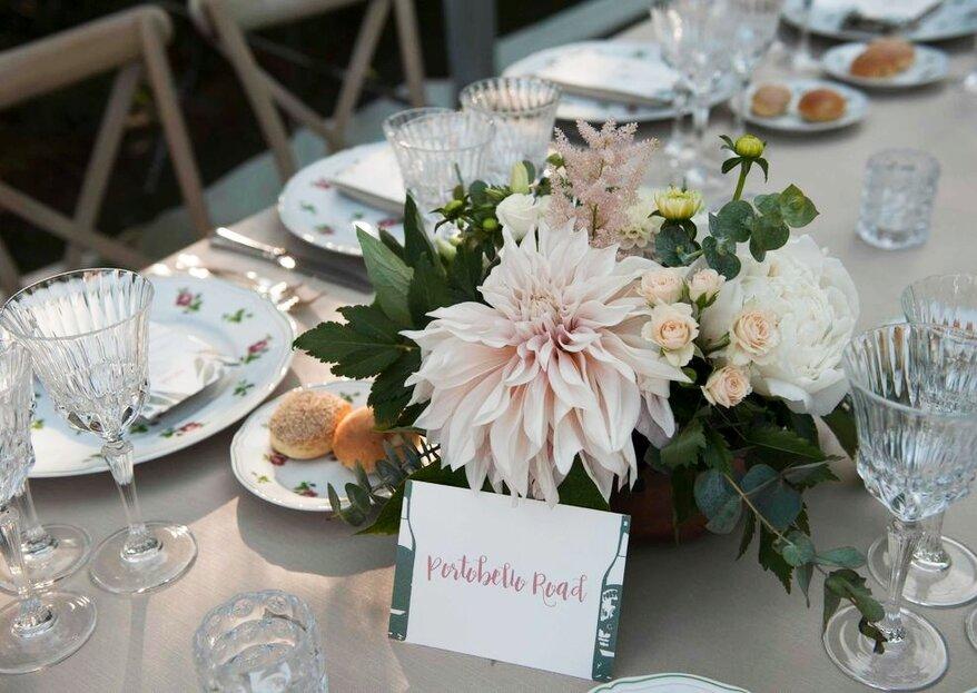 Quel tocco colorato e profumato per la scenografia delle tue nozze con gli allestimenti floreali