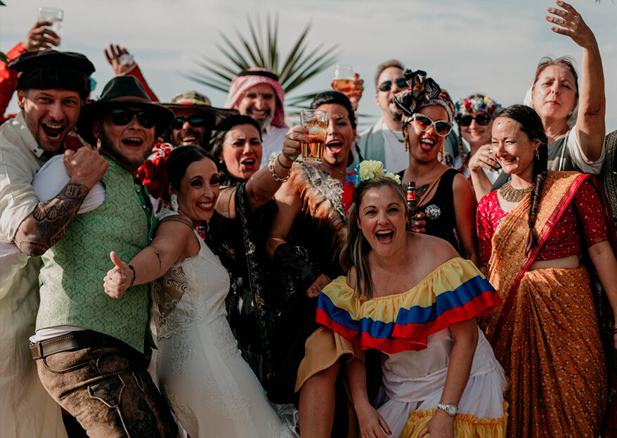 Una boda llena de diversión y color: el gran día de Selena y Steffen