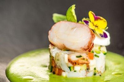 Photo : Monblanc Traiteur. Vichyssoise de homard, velouté de petits pois basilic