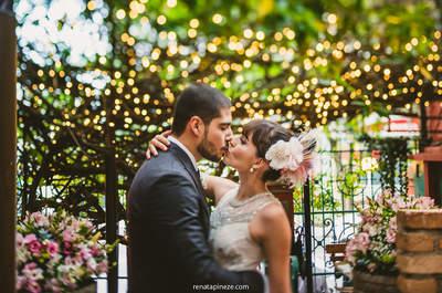 Casamento vintage de Erica & Thomas: TUDO com estilo retrô, do casarão centenário ao look da noiva
