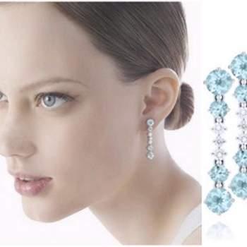 Hermosos aretes largos con aguamarina y diamantes.