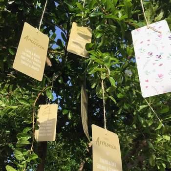 Crevida Wedding: Se volete la natura a tavola, optate per uno stile eco e country. Tanto verde e dettagli vintage.