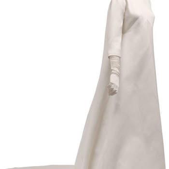 Robe de mariée ultra chic et raffinée. Photo : Balenciaga