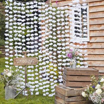 Cortina de fondo floral - Compra en The Wedding Shop