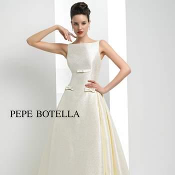 Schlichte Brautkleider mit dem gewissen Etwas.