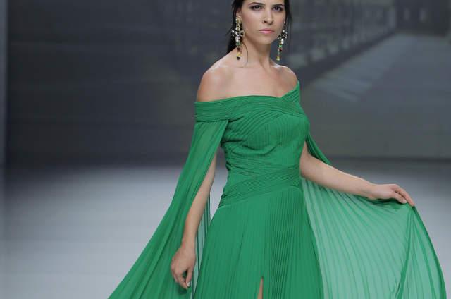 30 vestidos de fiesta verdes para invitadas. ¡No te pierdas lo mejor de  esta tendencia! 609d99ef475d
