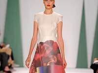 7 vestidos de Carolina Herrera que transformarán por completo tu estilismo de novia