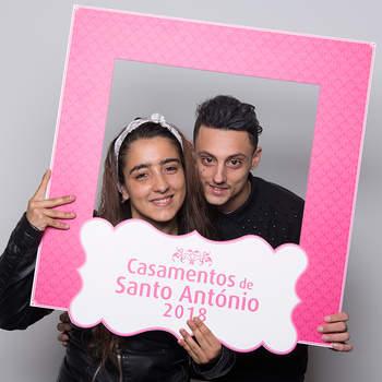 """<p><b>Sandra Vieira &amp; Rafael Gonçalves</b><p>Alcântara<p>Sandra tem 21 anos e é Doméstica; Rafael tem 26 anos e é Empregado de Limpeza Vão ter um casamento católico.<p>Consideram-se um """"casal unido e forte""""."""