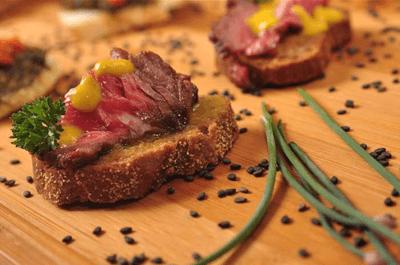 Sabores surpreendentes: aproveite seu casamento para servir os mais deliciosos pratos