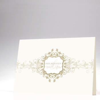 """<a> title=""""Helle Hochzeitskarte"""" href=""""http://www.cardbycard.de/Hochzeitskarte-mit-ornamentreicher-Verzierung,detail,1111381039.html"""" target=""""_blank""""></a>"""