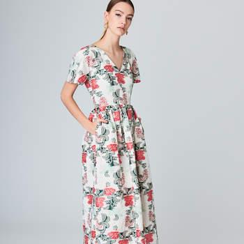 Coloridos vestidos de fiesta con estampados: diseños llenos de vida y alegría para invitadas