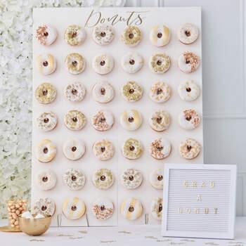 Estante de bodas maxi donuts bodas de oro- Compra en The Wedding Shop