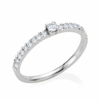 Foto: 21 Diamonds   http://bit.ly/RI8JlG