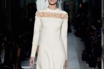 Vestidos de novia de Valentino en color marfil con detalles bordados