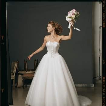 Año 2004. Credits: Casablanca Bridal