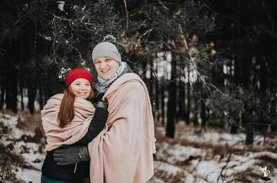 Zimowa sesja narzeczeńska w kieleckich lasach. Musisz ją zobaczyć!