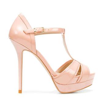 Scarpa in pelle con tacco vertiginoso e plateau, cinturino alla caviglia e apertura sul davanti