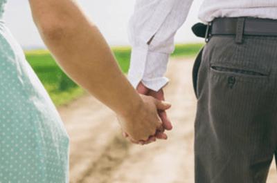 Ringe der der Liebe –Verloben Sie sich mit dem perfekten Verlobungsring