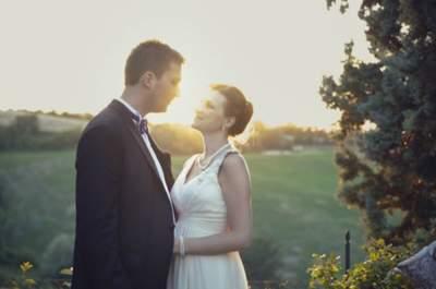Irina e Dennis hanno coronato la loro storia d'amore tra rose e ortensie bianche