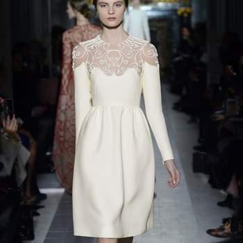 En la imagen, sencillo y elegante vestido blanco de organza, ideal para una boda de mañana. Foto: Valentino.