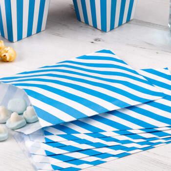 Sobres decorativos azul y blanco 25 unidades- Compra en The Wedding Shop