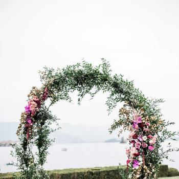 Bells&Candles : vi presentiamo una wedding planner specializzata nel suo settore che cura con attenzione e professionalità ogni dettaglio della cerimonia e del ricevimento.