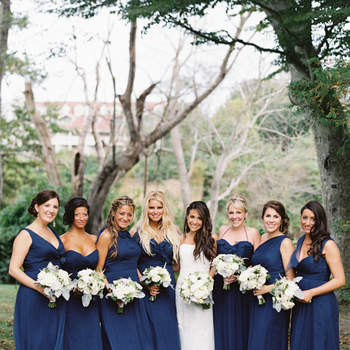 Dark Blue Bridesmaids Dresses: The Most Chic Look for 2017