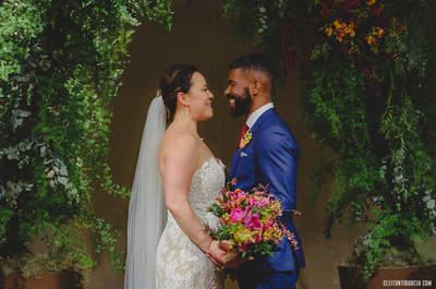 Casamento internacional de Lily & Maer: cerimônia emocionante, com decoração LINDA e festa super animada!
