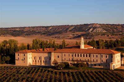 Celebra una boda original en una Abadía del Siglo XII rodeada de viñedos